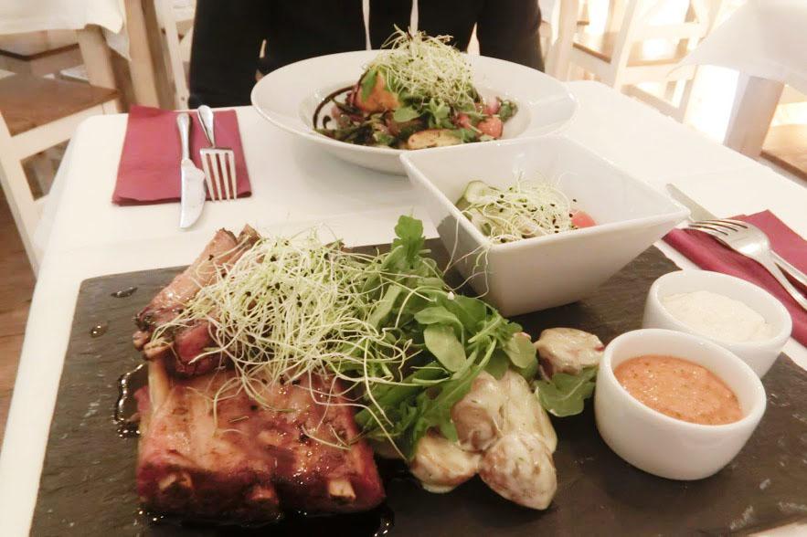 【華沙美食】RESTRO小餐館 划算價格.午間限定超優惠!